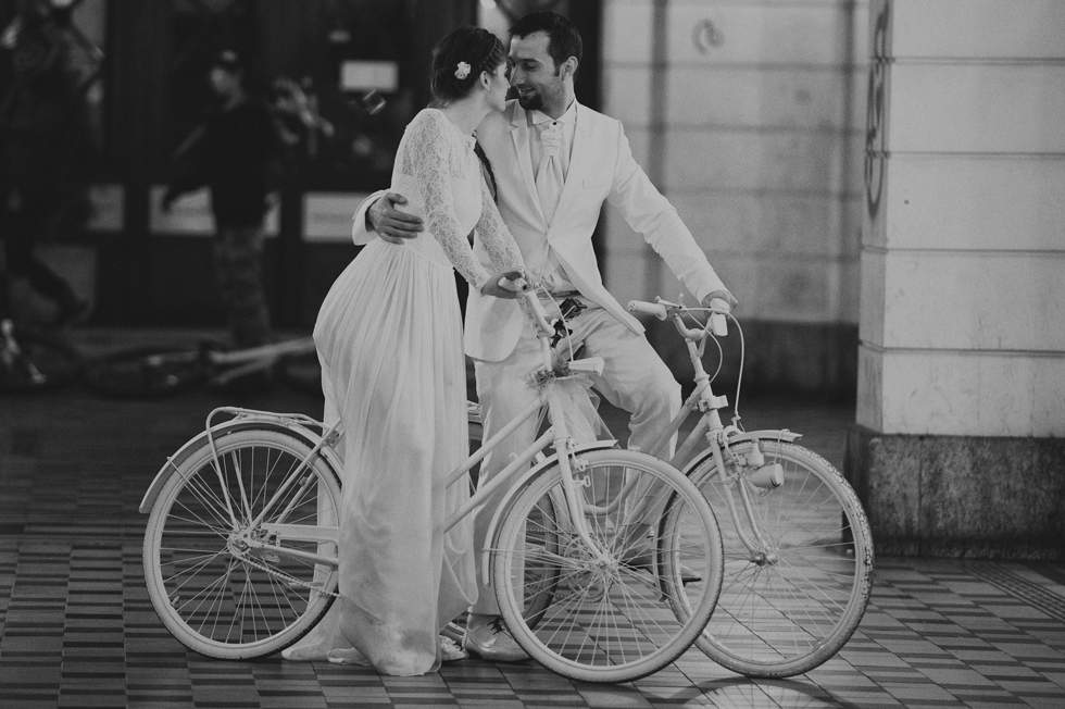Wedding on bicycle