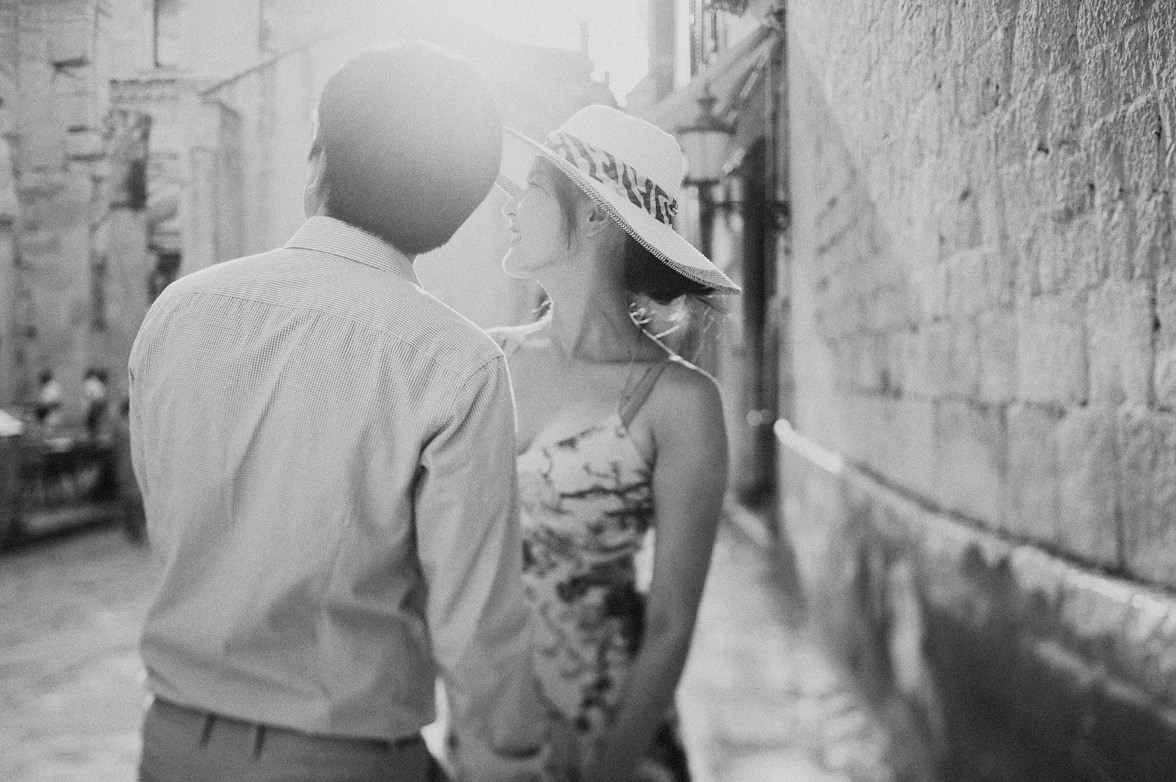 engagement-or-pre-wedding-shooting-in-split-one-day-studio-croatia-weddings-23